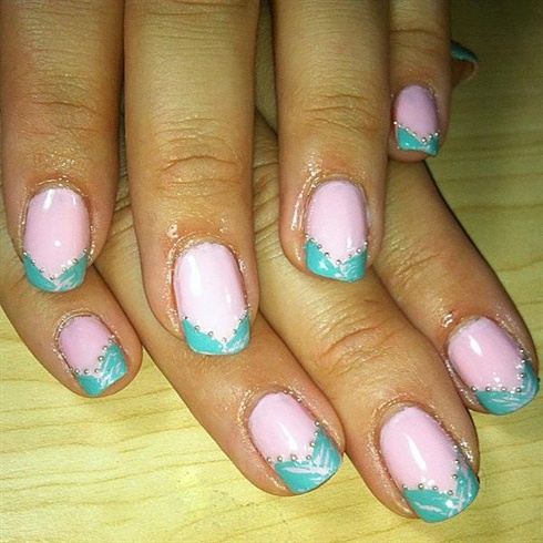 French Manicure with crackle nail polish