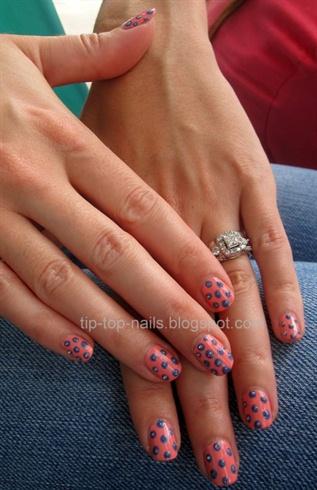 summer polka dots nails
