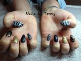 Tiger thumbs