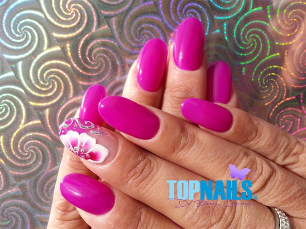 Nail art with enamel and acrylic paints