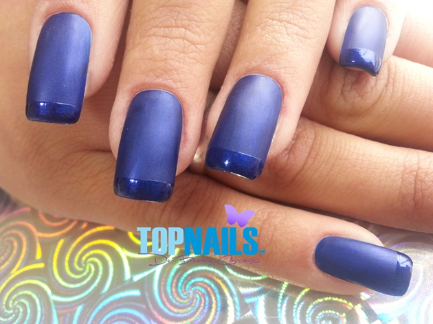 Acrylic nails with bright nail tip matt