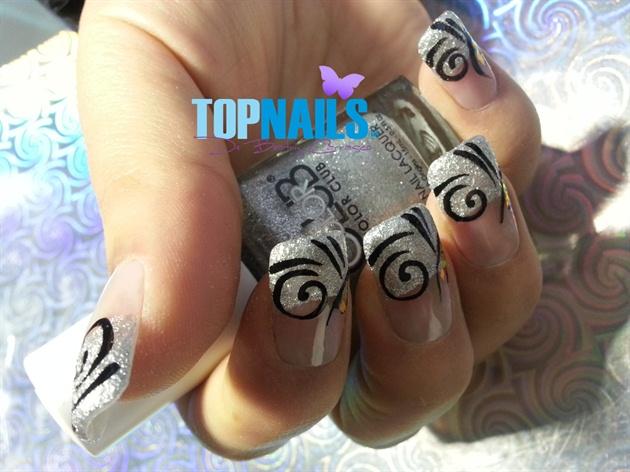 Acrylic Nails desing and glitter nails