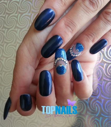 Acrylic nails decorated with Swarovski C