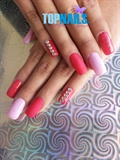 Acrylic nails with traditional enamel an
