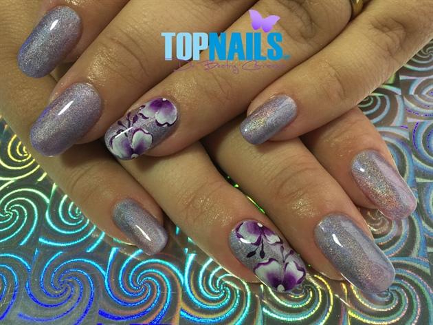 Acrylic nails with enamel decorated 💅