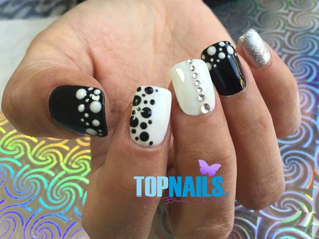 Acrylic Nails enamel, designs and Swarov