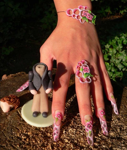 Coloured weddingnails our days