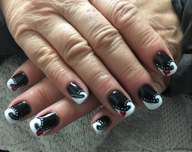 White On Black Gel Nails