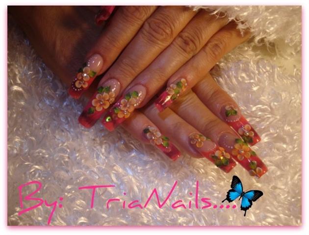 sculptute nails 3d and nail art