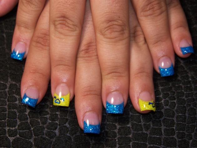 Gladys' blue yellow hearts