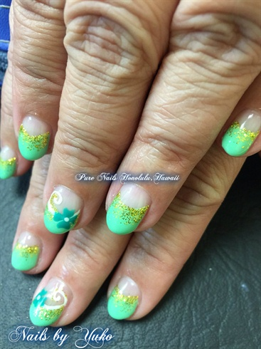 Spring TrumpGel Design with Shamrock