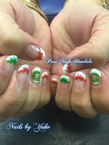 Christmas Wreath Nails