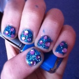 Glitter rhinestone nails