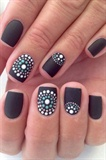 Short nail art