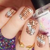'Tiger' nails