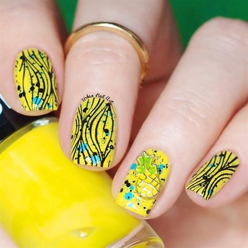 Bright Pineapple Desighn
