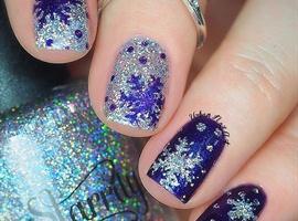 nail art: 'Snowflake' Design
