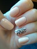 Nude Gepard Nail Art