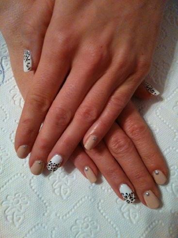 Cheetah Elegant Nail Art