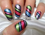 "Nail art ""Metallic Strips"""