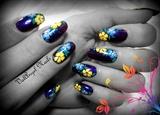 "Nail Art ""Floral Charm"""