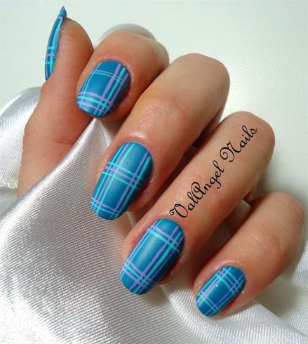 "Nail art ""Burberry Style"""