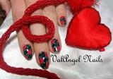 """Nail art """"red roses"""""""