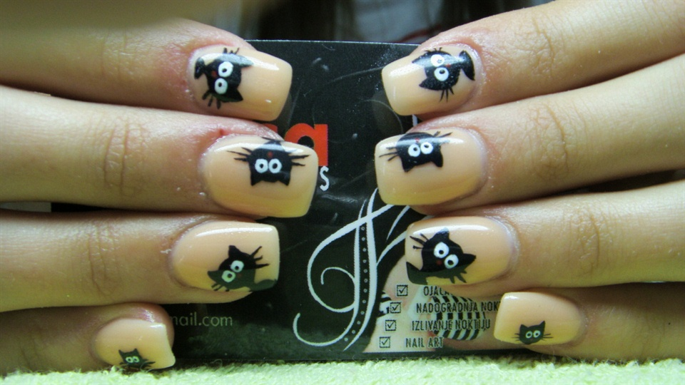 Cartoon nails (kitten) - Nail Art Gallery