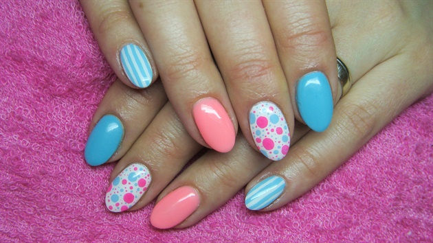 Turquoise White And Pink