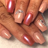 Nude And Rose Gold Nails