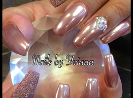 nail art: Rose gold Chrome