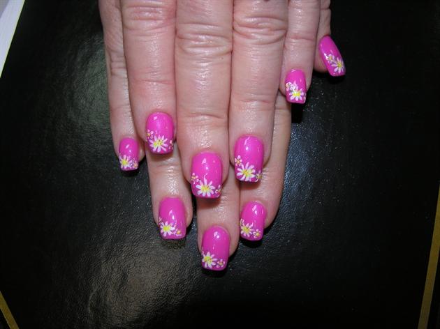 Ногти дизайн розовые с ромашками