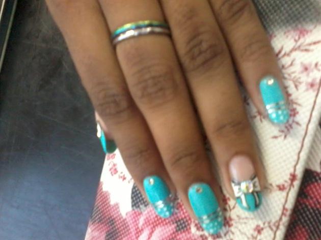 Ribbon-Girly Nail Art