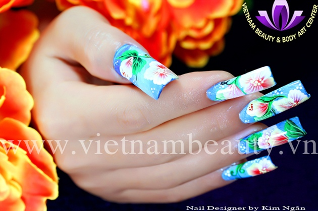 Nail Painting by Tran Thi Kim Ngan