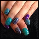 4 Glitter Natural Nails