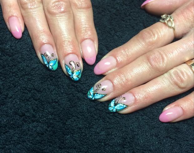 Nails 💅🏻🎀