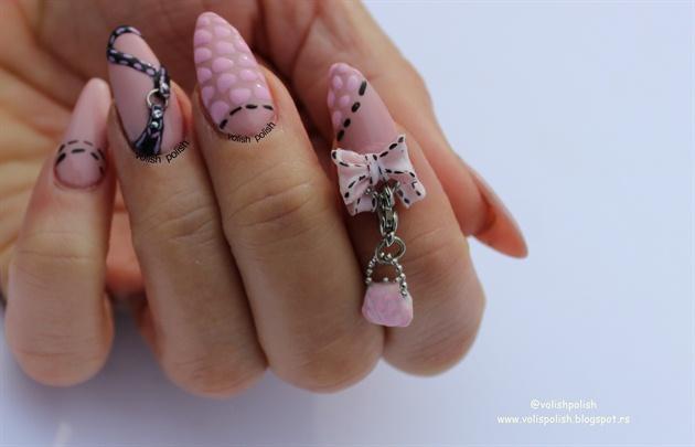 Acrylic  nails: Handbag