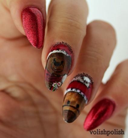Christmas Nail art design: Teddy Bear