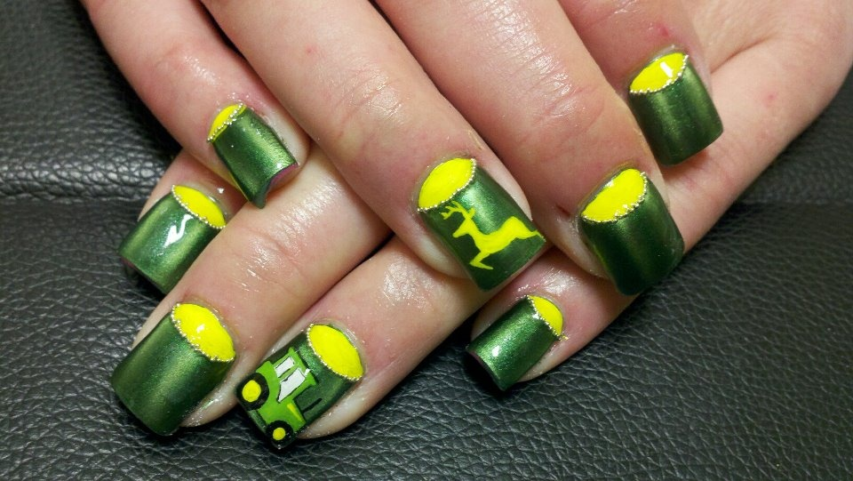 John Deer - Nail Art Gallery