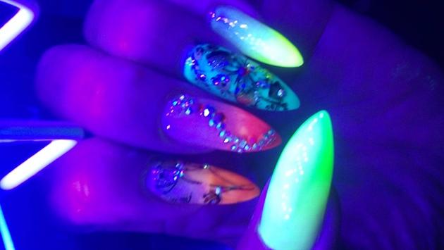 Neon glow 2