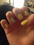 Daisy nails 🌼
