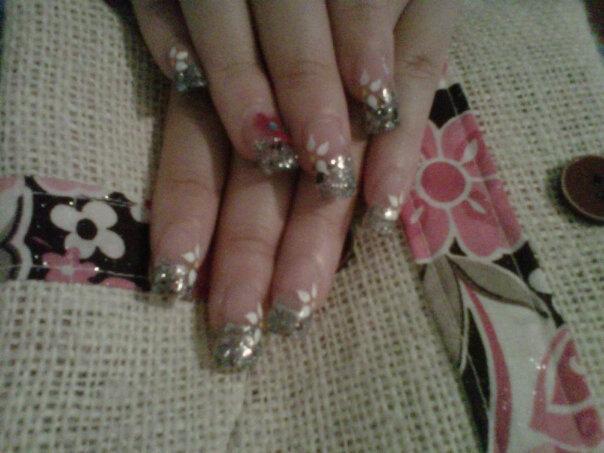 Glitter-Crushed Shells-Painted Design.