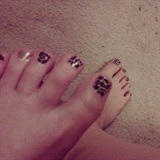 Leopard toes