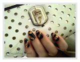 Gold & Black Glitter Nail
