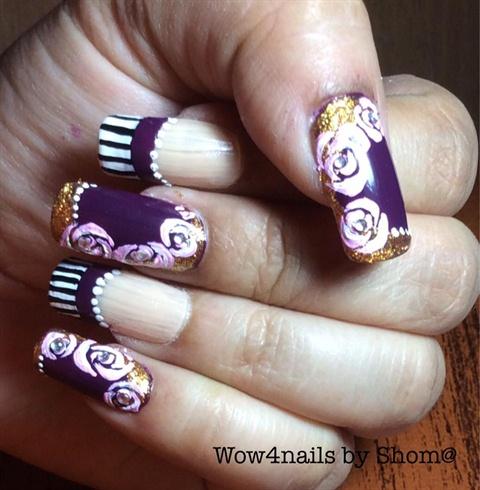 Vintage roses nail art