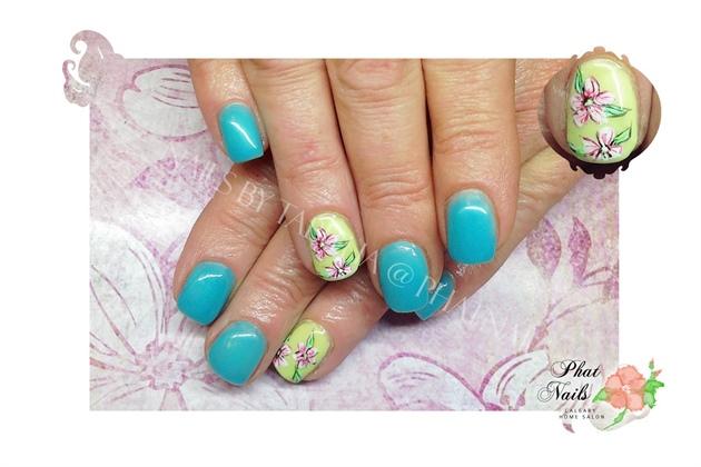 Green & Blue Gely Mani