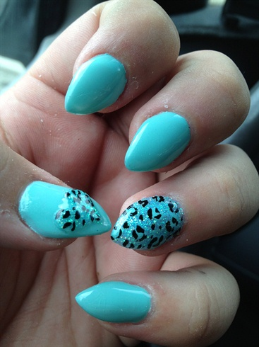 Turquoise Claws