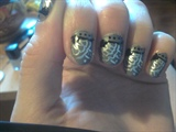 Dusky silver nail