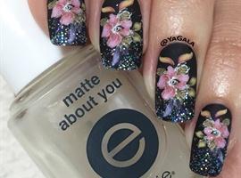 nail art: Matte And Shine