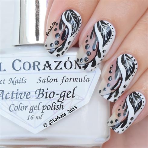 Black And White Abstract nail art